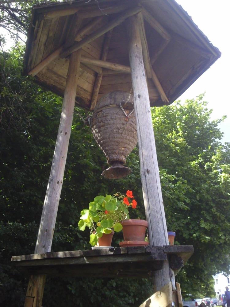 hangende bijenkorf